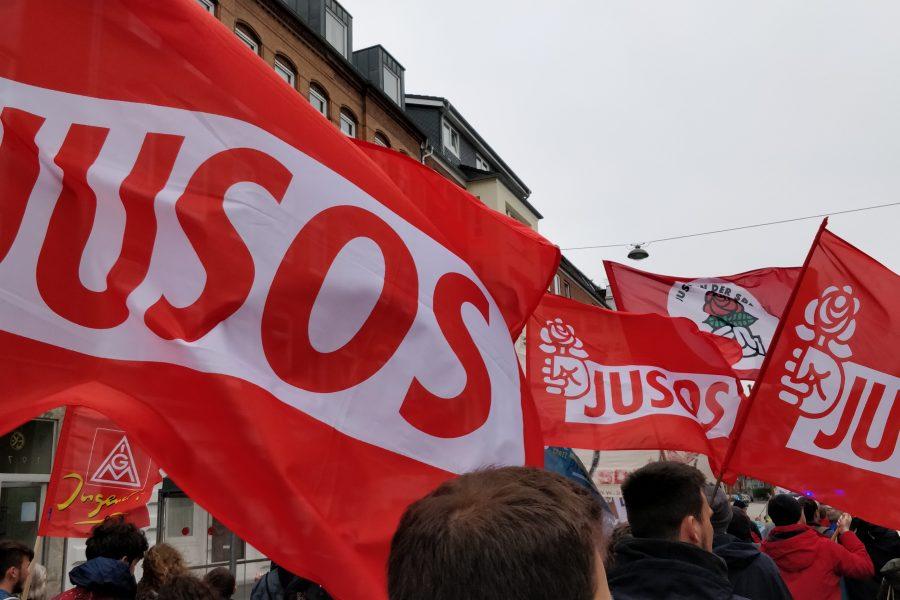 Juso-Flaggen